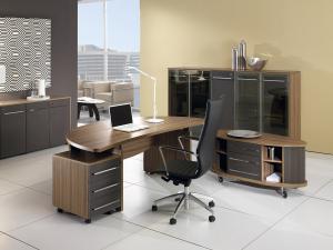 офісні меблі у Львові